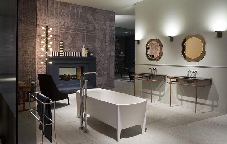 Mirrors in a bathroom by Italian brand Antonio Lupi. Entire collection by Antonio Lupi is available at MOOD showroom, Warsaw. #mood #bathroom #antoniolupi #beautifulbathroom
