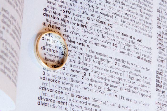 מה הם יתרונות הגשת התביעה לגירושין עם גיבוש ההחלטה להתגרש? האם ישנם חסרונות להגשת תביעת גירושין בשלב מוקדם? בעולם מושלם, המאמר הבא כנראה שלא היה נכתב.