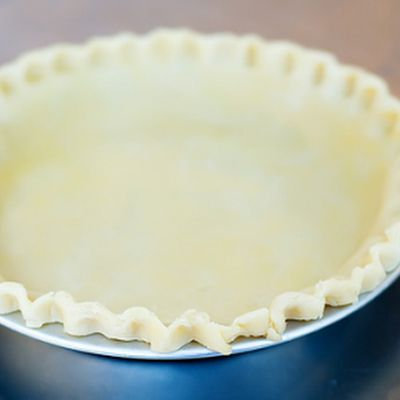 In a large bowl, with a pastry cutter, gradually work the Crisco into the flour for about 3 or 4 minutes until it resembles a coarse meal.