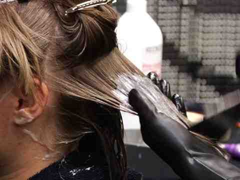 Learn how to properly dye dirty blond hair bright blond. Here, see great tips for how to dye dirty blond hair bright blond.