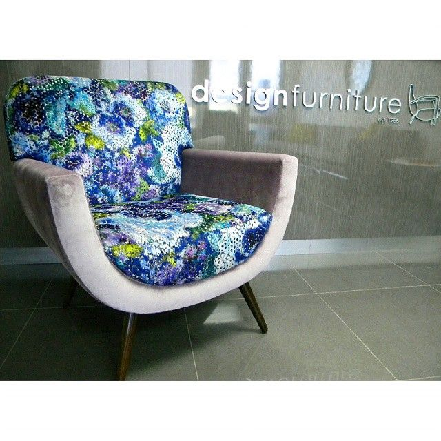 Sip a cocktail on our brand new stunning Loren chair in @designersguild dazzling Mattiazzo Cobalt. The diffused floral is digitally printed onto jacquard woven velvet, resulting in spectacular touch and texture, as well as colour intensity with silver metallic accents add subtle sparkle to an opalescent ground. Accompanied by @charlesparsonsinteriors Zegna Elderberry, a luxurious velvet textured upholstery. Available at a David Jones store near you!