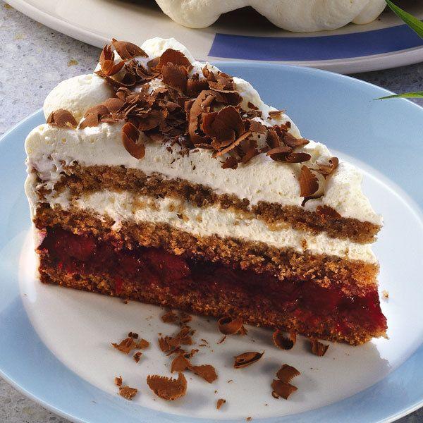 Saftig und luftig leicht. Diese Torte ist der fruchtige Klassiker für Ihre Kaffeerunde.