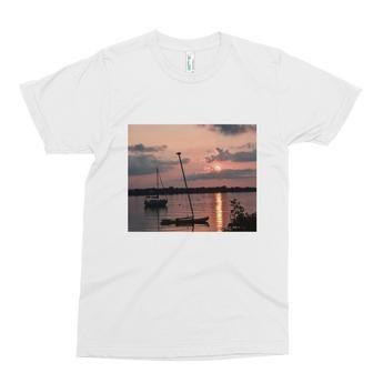 Men's short sleeve t-shirt: Northern Lake Sunset