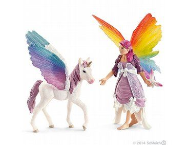 Lis from the Schleich World of Fantasy collection - Discounts on all Schleich Toys at Wonderland Models.