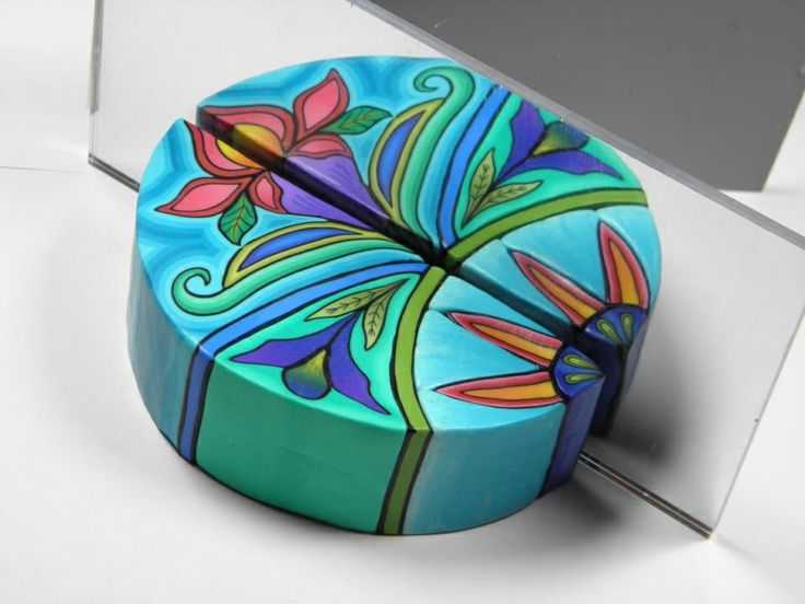 From DeDe Leupold's Etsy site.. Lovely colors. Nice to see the detail. I haven't linked this yet.