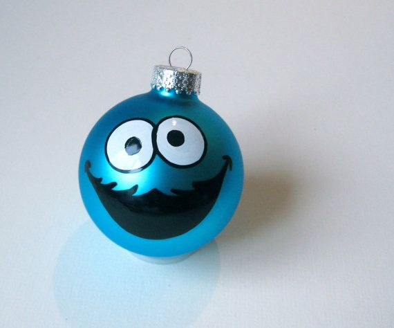 Cookie Monster Glass Ornament - Chellie likey. Chellie want Cookie.... moster tree ornament.