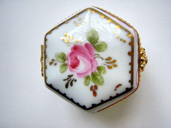 Vintage Porcelain Boxes | Vintage Limoges Porcelain Ceramic Pill box Hand painted Rose pink gold ...