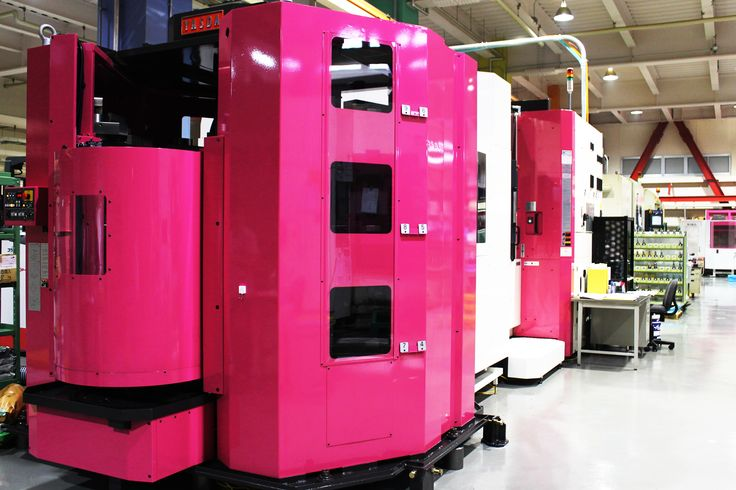 Five-axis machine YASUDA H40i #pink 五軸加工機/安田工業/H40i