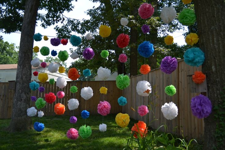 Diy outdoor party decorations waterproof pom poms doin for Backyard party decoration ideas