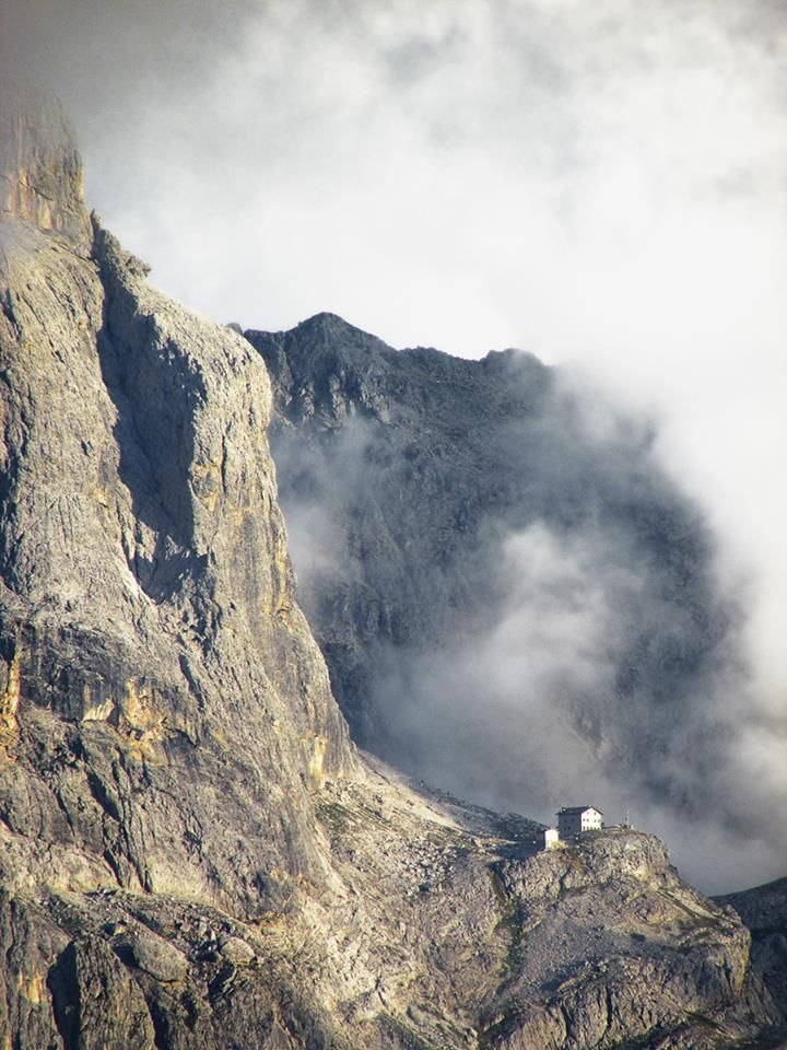 #rifugidelgusto Montagne del #trentino 21.09 > 06.10. 2013 Rifugio Velo della Madonna ©Stefania Giatti