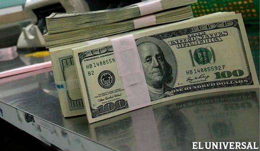 Alza de la liquidez y escasez de divisas impulsan dólar paralelo.  #economía   #Venezuela  #dolar  #crisis  #gobierno  #inflacion  #devaluacion