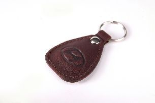 040-07-34-13 Брелок для ключей (натуральная кожа) - Брелоки для ключей <- Галантерея - Каталог | Универсальный интернет-магазин подарков и сувениров