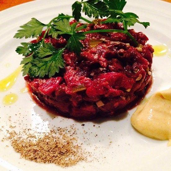 I love Tartar steak!! 本日もありがとうございました!! タルタルステーキ万歳(^^) #910#BAR910 # Tartar steak#タルタルステーキ #ラムコンシェルジュ #チーズプロフェッショナル #肉 #meat