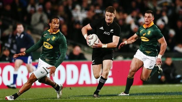 Twitter reacts: All Blacks crush the Springboks  Springboks suffered their most crushing defeat in history and there was even more mayhem on Twitter. https://www.thesouthafrican.com/all-blacks-crush-springboks/
