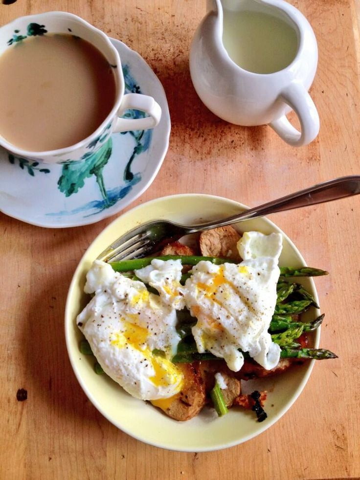 Steamed Asparagus With Poached Eggs Recipe — Dishmaps