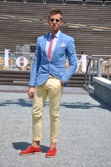 <結婚式 二次会 男性の服装カジュアル> 色遊び