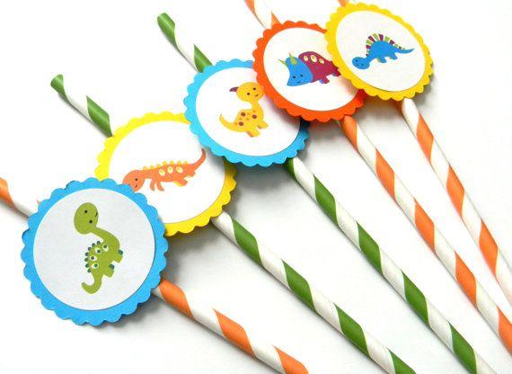 Estas pajitas de partido adorable dinosaurio son el complemento perfecto para cualquier fiesta de cumpleaños, babyshower, bodas y eventos! Niños y adultos les encantará beber de ellos de tarros de mason, latas de coca-cola o tazas de partido. CANTIDAD DE: Una docena DETALLES: -Pajillas son completamente ensamblado y listo para usar -Festoneado adorno mide 2 pulgadas -Pajillas made in USA -No voy a salir empapado -Biodegradable ARTÍCULOS FIESTAS CONCORDANTES: Podemos hacer juego primeros...