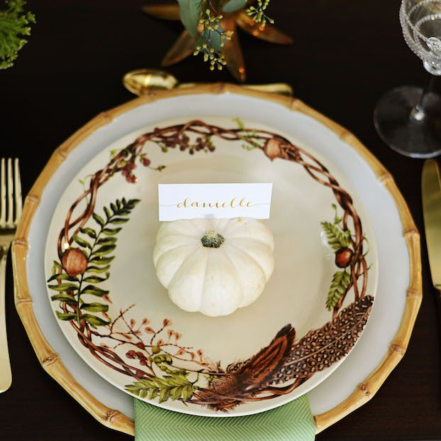 In honor of National Pumpkin Day, we present this petite pumpkin and beautiful autumn tablescape by @palmbeachlately  #nationalpumpkinday #bamBOO!