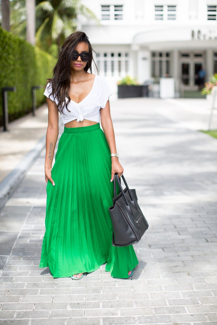 Rochelle Fletcher | Pretty Yellow Things | Summer Looks | Maxi Skirt | Summer Fashion