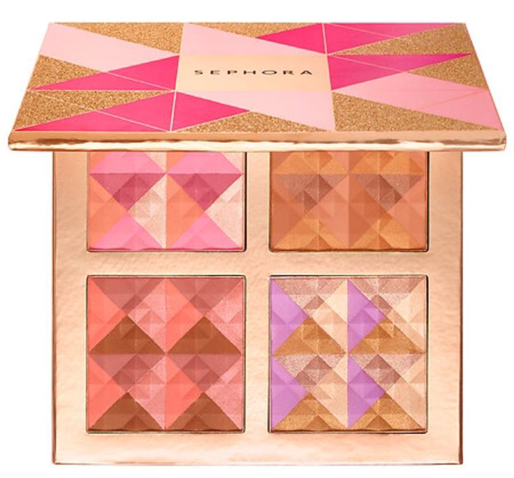 Last week, the Sephora Blush, Bronzed and Ready to Glow! Face Palette ($32) for Holiday 2016 launched on the Sephora App for two days. Honestly, they made