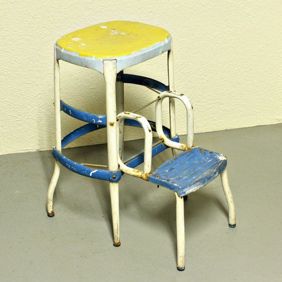Vintage stool - step stool - kitchen stool - Cosco - chair - pull-out steps - blue yellow white - metal & 121 best step stools images on Pinterest | Step stools Kitchen ... islam-shia.org