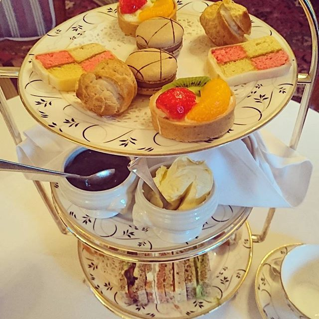 #afternoontea #tylneyhall #yummy #treat