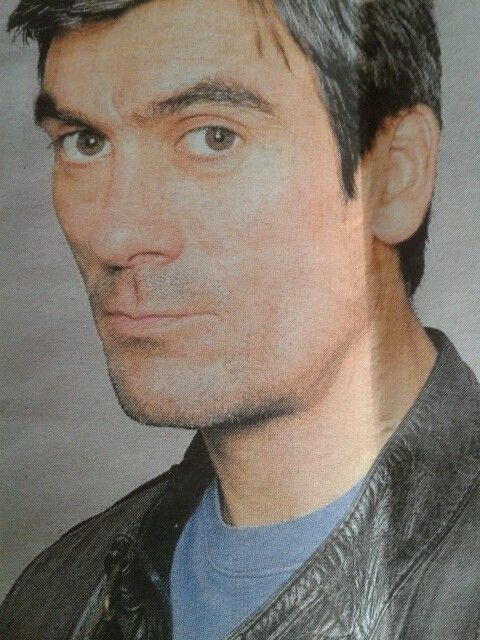 Jeff Hordley, a very good actor with great style we dont see enough of this man.Something about his look, very strong, masculine, i think he's got it all.