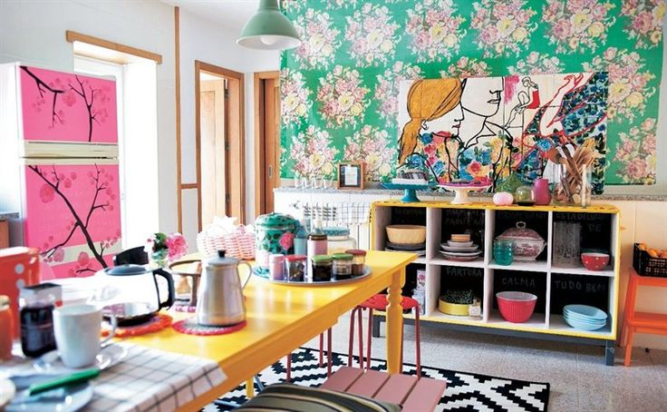 Creative home updates | Splashes of yellow and pink in the kitchen gives Graça energy to start the day | live from IKEA FAMILY
