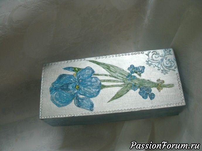 КУпюрница: серебряная краска, салфетка, 3-Д гель, шпатлевка, трафарет.