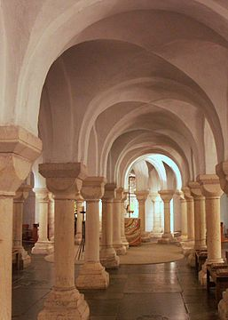 The groin-vaulted crypt of Worcester Cathedral  Romanesque architecture - Wikipedia, the free encyclopedia