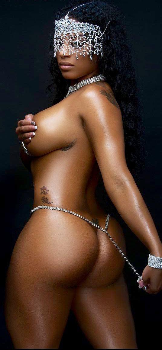 naked women like portube