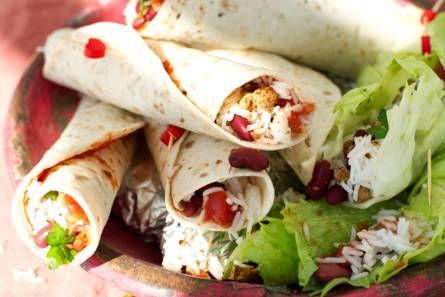 Wrap met gekruid vegagehakt, rijst en bonen