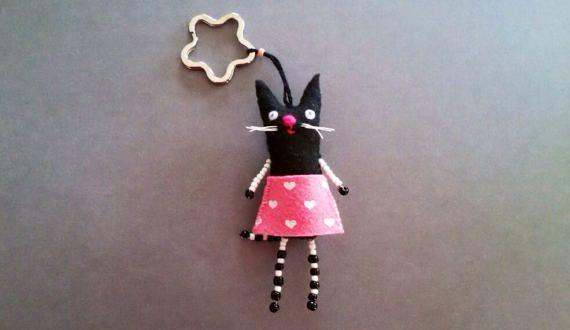 Black Felt Cat Keychain  Plush Handmade Cat Key ring by JollyCards