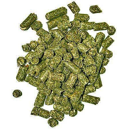how to make your own alfalfa pellets