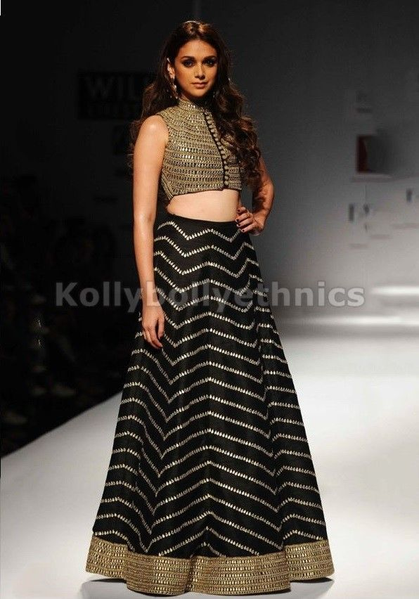 Bollywood Actress Aditi hydari silk lehenga choli in Black and gold color