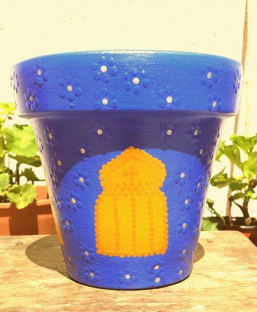 Las mil y una noches. Moroccan. Hand painted flowerpots. Macetas pintadas a mano. Facebook: A'cha Pots. achapots@hotmail.com