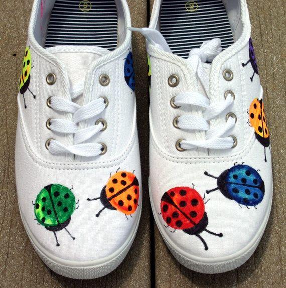 Pintado a mano zapatillas, zapatos, zapatillas, mariquitas, arte original, OOAK, bugs, zapatillas de mujer, pintado a mano