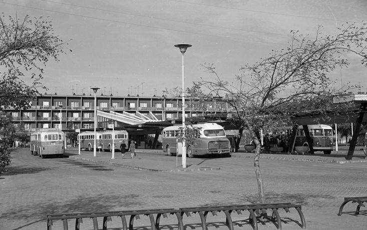 Mars (Marx) téri autóbusz-állomás.