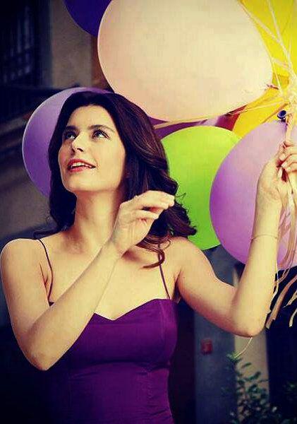 Turkish Actress, Beren Saat | DURU commercial 2013