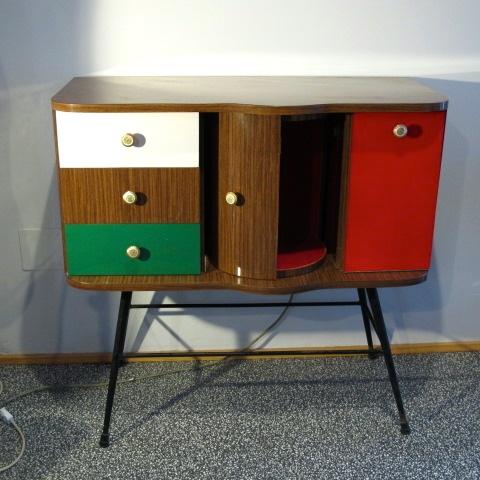 Aparador mueble bar a os 60 mobles pinterest rockabilly vintage and antiques - Muebles anos 60 ...