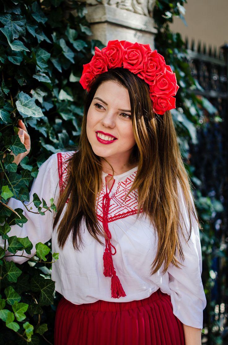 Ia- Romanian peasant blouse