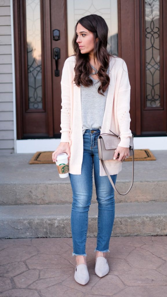 Blush pink cardigan outfit, casual weekend look, cross front tee, raw hem skinny jeans, gray loafer mules.