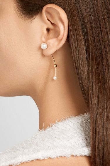 sophie bille brahe pearl and gold earring