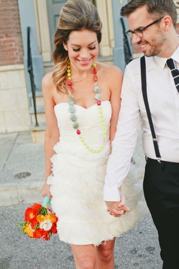 vestido de noiva curto moderno
