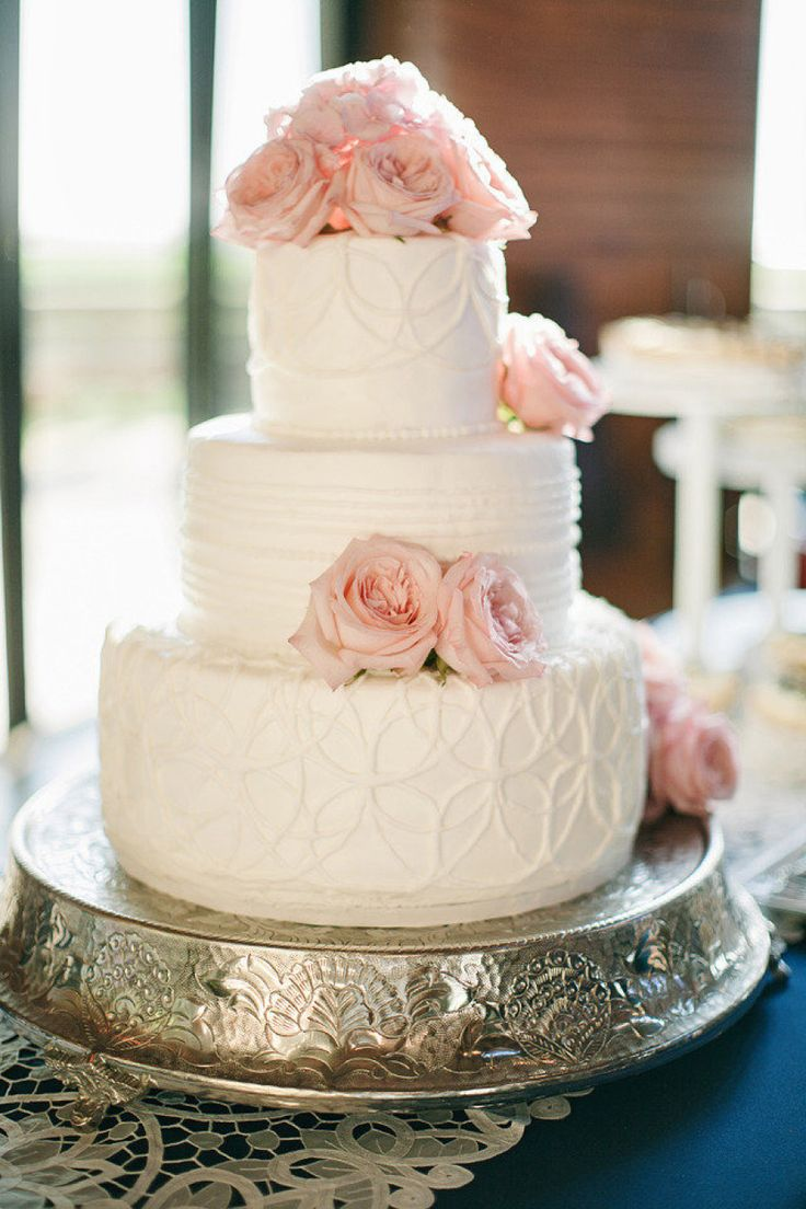 Delightful Wedding Cakes with Romantic Soft Pink Hue. To see more: http://www.modwedding.com/2013/12/16/delightful-wedding-cakes-romantic-soft-pink-hue/