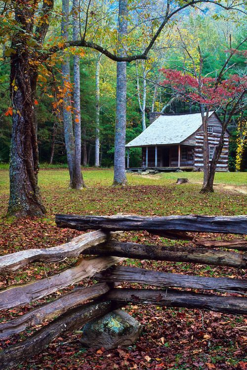 Carter Shields Cabin, Cades Cove, Great Smoky Mountains National Park, TN, USA © Doug Hickok All Rights Reserved ...