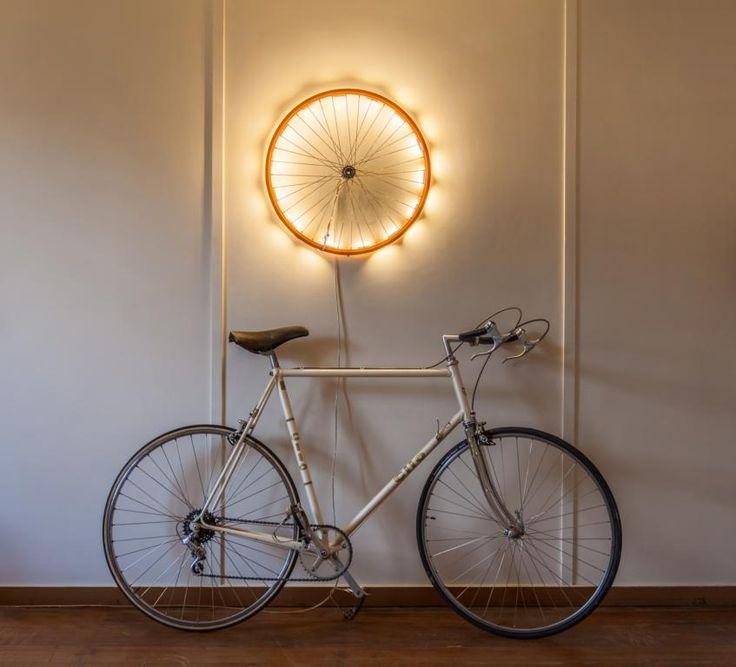Das Rad: Fahrrad- Felge als Wandleuchte