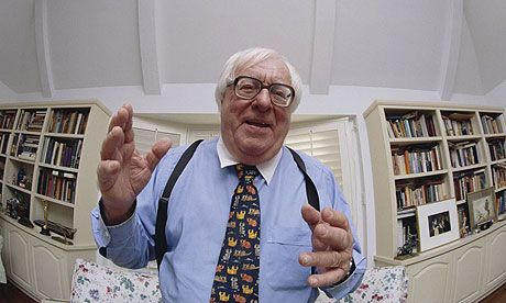 Ray Bradbury, writer who captivated a generation of sci-fi fans, dies at 91 #Fahrenheit451