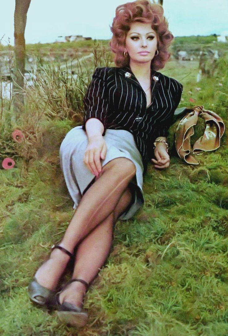 45 best Sophia Loren images on Pinterest : Sophia loren ...