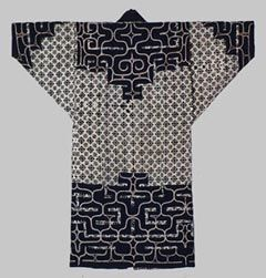 """In the late Edo era, the Ainu obtained large volumes of cotton through trade with the Japanese who lived in Honshu (Japan's mainland) and through other activities. They wore appliqued or embroidered cotton clothes called """"chikarkarpe"""", which means """"the things we embroider."""""""